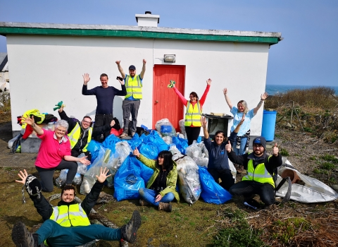 Beach clean at Mew Island